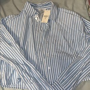White/ blue cropped stripped button up never worn
